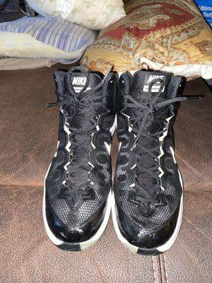 Nike shoes they are used but still in good condition they are size 13 in men's for Sale in Perris, CA