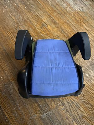Kids child booster seat car booster seat for Sale in Chicago, IL