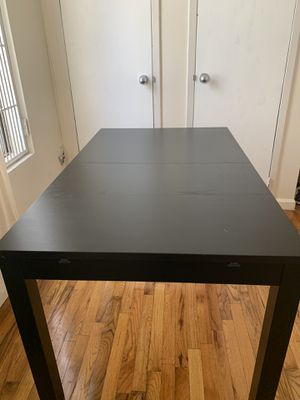 IKEA Extendable Dining Table (4ppl to 8ppl) for Sale in New York, NY