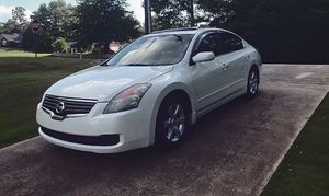 like condition nissan altima 2008 cold for Sale in Washington, DC