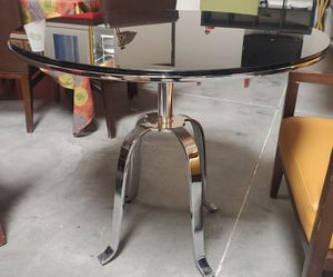 Beautiful chome table with blk glass for Sale in North Las Vegas, NV