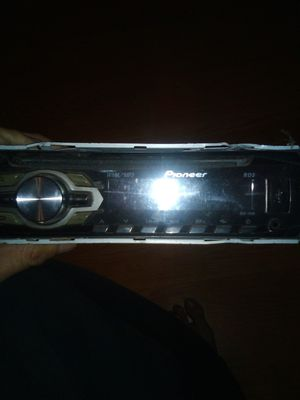 Pioneer head unit car stereo for Sale in Phillips Ranch, CA