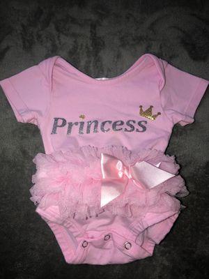 0-3m Princess onesie w/ Tutu for Sale in Tustin, CA