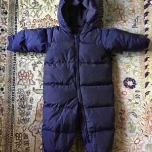 BabyGap Snowsuit Size 12-18m for Sale in Barrington, IL