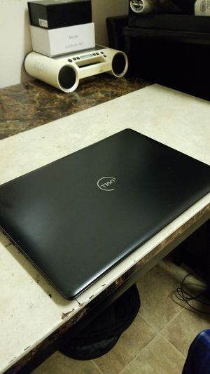 2019 Dell inspiron 15, 2.2ghz i3, 8gb, 256gb ssd, win10, office, touchscreen! for Sale in San Leandro, CA