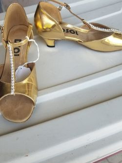 Gold Dance Pumps for Sale in Port St. Lucie,  FL