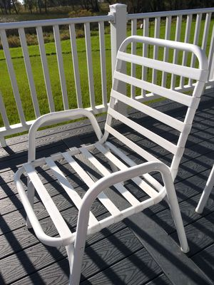 Metal lawn chairs for Sale in Pickett, WI