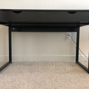 Computer Desk Sturdy Table With Steel Frame for Sale in Seattle, WA