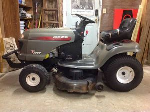CRAFTSMAN RIDING LAWN MOWER for Sale in Monroe, GA