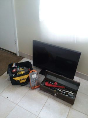 32 inch tv emerson works great and 2 full boxes of toolz best offer for Sale in Salt Lake City, UT