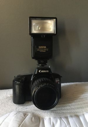 Cannon EOS rebel xs film camera with flash for Sale in Kennebunk, ME