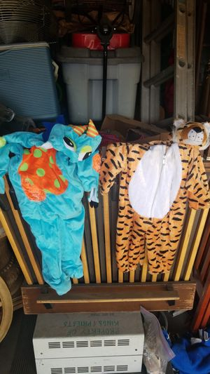 Toddler costumes for Sale in Azusa, CA