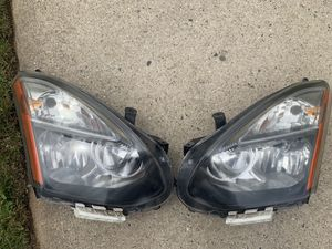 Nissan Rogue oem headlights for Sale in Uniondale, NY