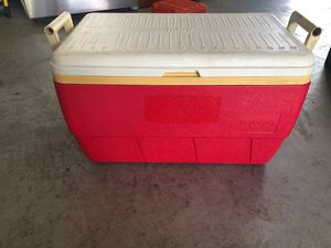 Igloo cooler for Sale in Belle Isle, FL