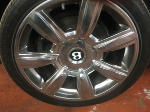 Factory Chrome 20inch Bentley Rims for Sale in Cleveland, OH