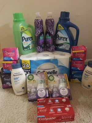 Household bundle for Sale in Prospect Heights, IL