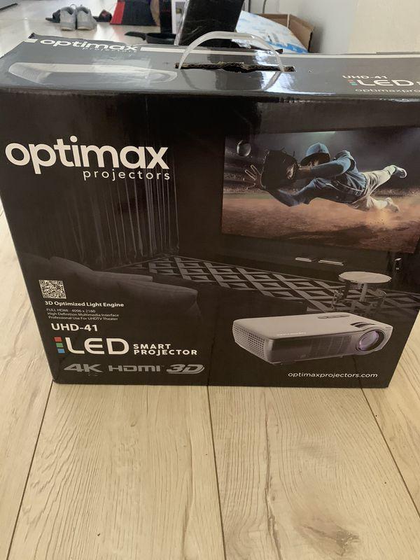 Optimax 3D HDMI projector & Screen