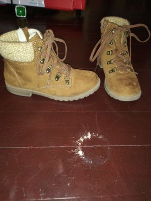 Girls size 2.5 boots for Sale in San Jose, CA