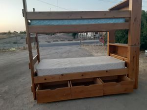 Twin bunk bed with one Mattres for Sale in Orosi, CA