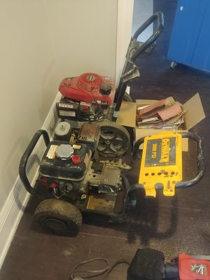 Pressure washers Honda engines for Sale in Cleveland, OH