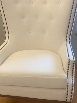 Gorgeous Wingback Chair for Sale in Bonney Lake,  WA
