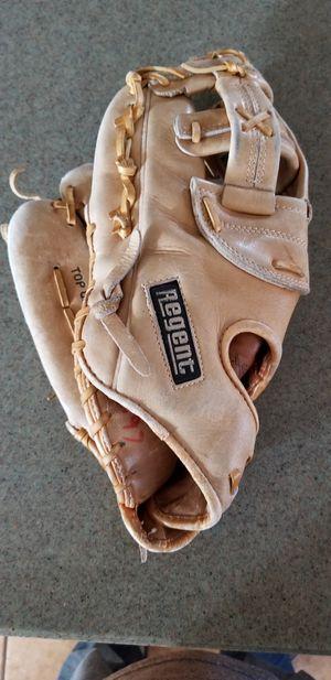 """12.5"""" lefty left baseball softball glove broken in for Sale in Norwalk, CA"""