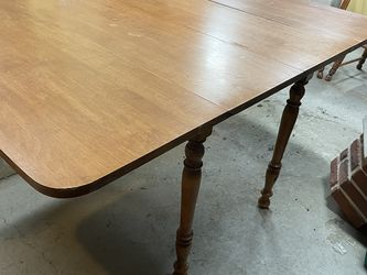 Long Dropleaf Dining Kitchen Table With Four Chairs for Sale in Conway,  PA
