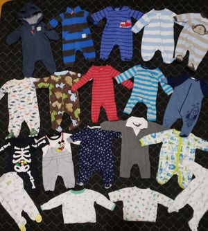 Baby NB clothes lot for Sale in Chicago, IL