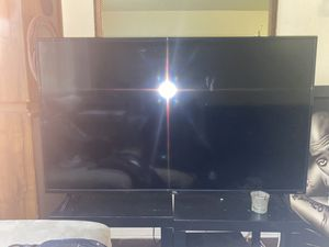 "55""in TCL Roku Tv NEED GONE ASAP NOTHING WRONG WITH TV HMup ASAP , 300$ for Sale in Washington, DC"
