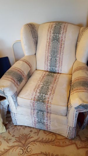 Sofa and matching wingback chair for Sale in Canton, MO