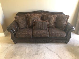 NEW COUCH AND LOVE SEAT ! for Sale in Las Vegas,  NV