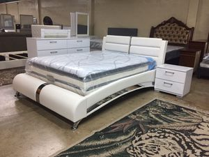Brand new queen size bedroom set with mattress $959 for Sale in Hialeah, FL