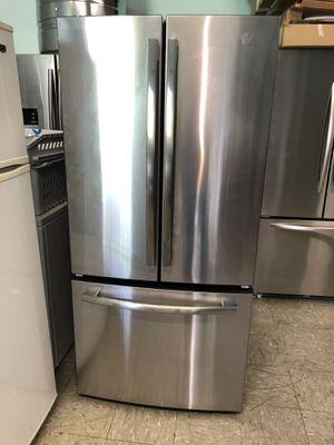GE Refrigerator ❄️ for Sale in Lynwood, CA