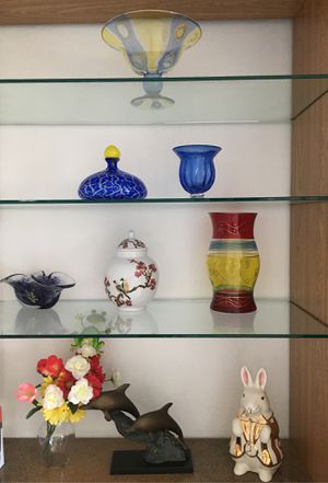 All must go one price..Special Laurie Gates Los Angeles Pottery vintage bunny container,plus different special fine glass vases etc for Sale in Aventura, FL