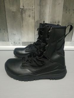 "Nike SFB Field 2 8"" Tactical Black Boots Military Mens Size 7 AO7507-001 New for Sale in North Las Vegas,  NV"