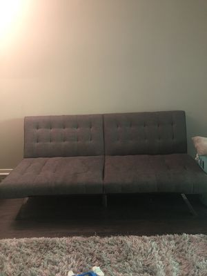 Tufted Sofa. Turns in to full size bed for Sale in Smyrna, GA