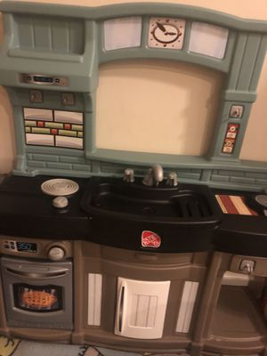 Step 2 kitchen for Sale in Frederick, MD