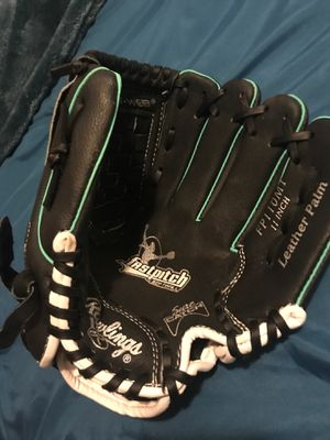 Softball glove for Sale in Phoenix, AZ