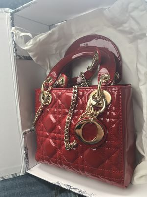 Authentic Dior purse for Sale in Atlanta, GA