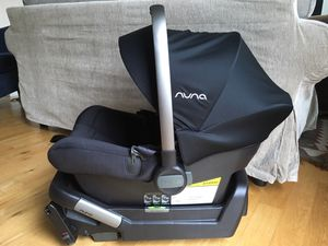 Nuna Pipa Lite Infant Car seat 5.3lbs for Sale in Portland, OR