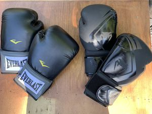 2 Pairs of Boxing Training Gloves - Everlast Pro Style 16 Ozs & Venum 14 Ozs LNC for Sale in Sacramento, CA