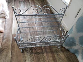 Silver magazine rack for Sale in Dallas,  GA