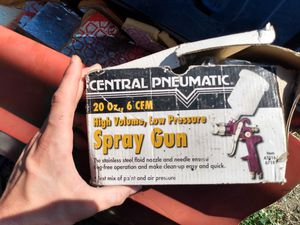 Central pneumatic paint spray gun for Sale in Prineville, OR