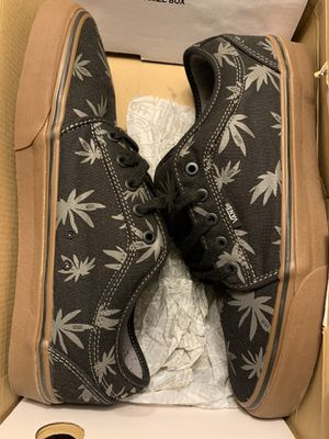 BRAND NEW - NEVER WORN VANS for Sale in Norwood, MA