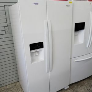 Whirlpool for Sale in Paramount, CA