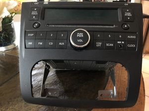 Nissan Altima factory stock Stereo/CD player. for Sale in Houston, TX