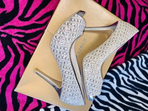 51/2 high heels for Sale in Victoria, TX