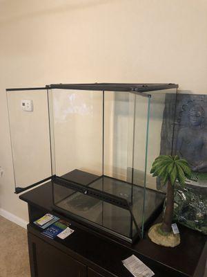 Exo Aquarium 18x18x24 for Sale in Conyers, GA