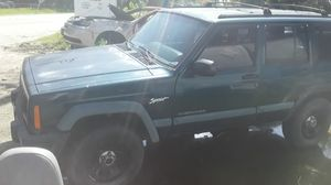 Parting out 98 Jeep Cherokee good engine for Sale in Houston, TX