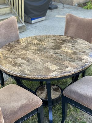 Marble Dining Table for Sale in North Haledon, NJ